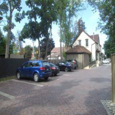 Brampton Foot Clinic - Parking